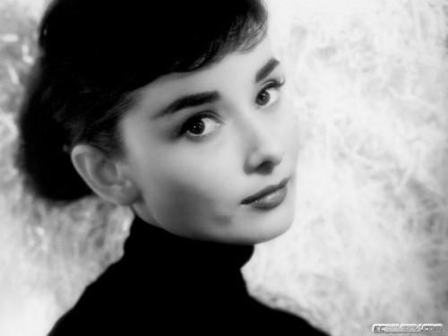 ™JCANGELCRAFT.yv Princess Audrey Hepburn
