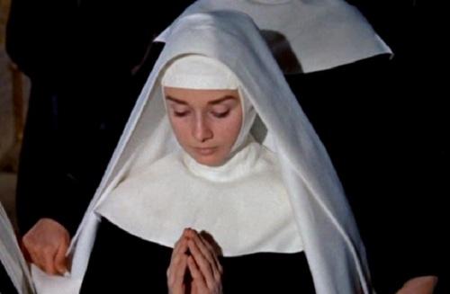 Un Metafora a La Virgin Maria por el Santo Espiritu de Mujer