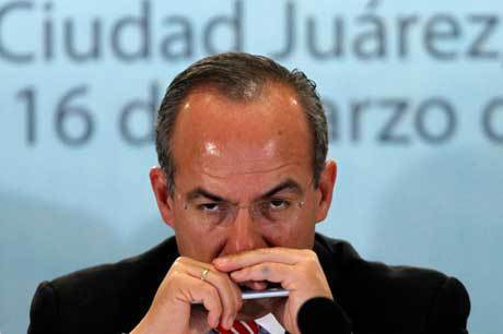 Photo 2010 Camera secreta del asesino en series Felipe Calderon (AP) Jose Maria Chavira